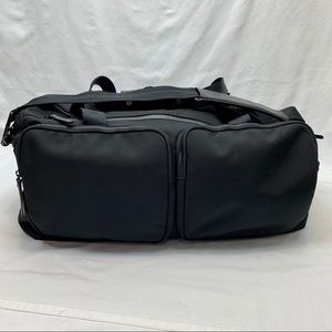 Lululemon large black duffle bag multiple pockets